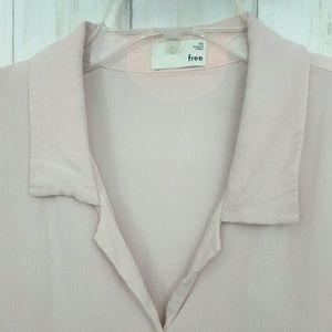 Aritzia Tops - Aritzia Wilfred Free Front Tie Blouse Sz XS